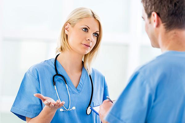 How should a doctor behave