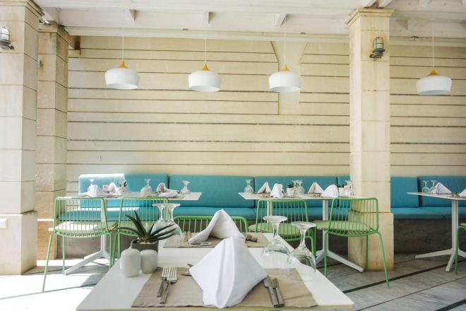 Factors to consider before initiating restaurant interior design